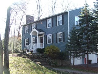 Exterior painting in Salem NH customer review Dan Dinucci house