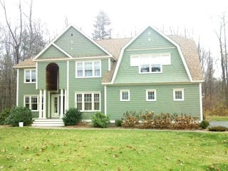 Exterior painting in Stratham NH customer review John Rinard house