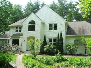 Exterior painting in Hollis NH customer review Becky Metea house